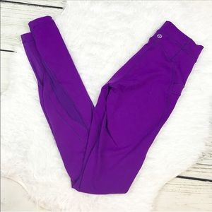 LuluLemon Violet Free Flow Leggings Mesh Detail 2